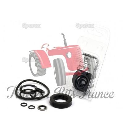Seal Kit Power Steering Cylinder 1810437M91